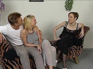JuliaReavesProductions - Versaute Flittchen - scene 3 - video 1 blowjob vagina cums fuck oral